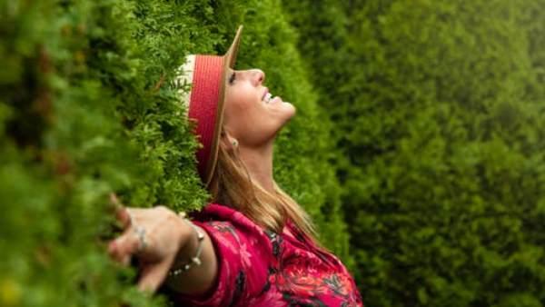 ડિપ્રેશનમાંથી બહાર નીકળવાના 10 પ્રાકૃતિક ઉપાય