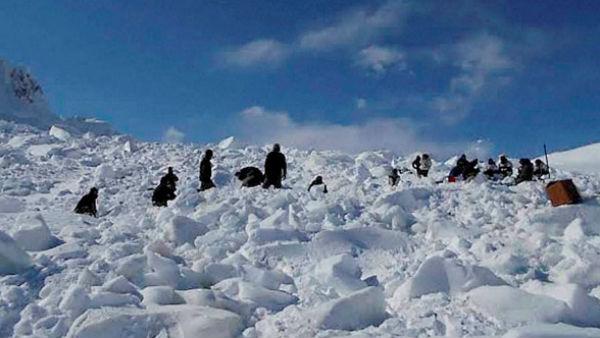 સિયાચીન ગ્લેશિયરમાં હિમસ્ખલન, 4 જવાન શહીદ, 2 કુલીના મોત