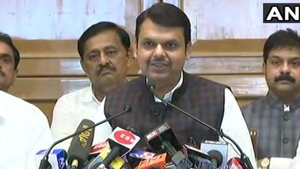 CM ફડણવીસના ઘરે થઈ BJPની કોર ગ્રુપની બેઠક, રાજ્યપાલ સાથે ફરી કરશે મુલાકાત