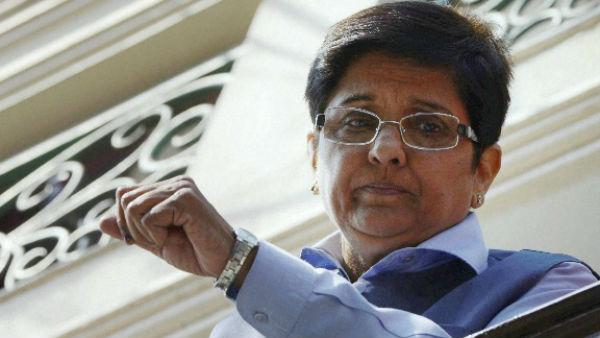 CM નારાયણસામીઃ હિટલરની બહેન જેવા છે કિરણ બેદી, લોહી ઉકળી ઉઠે છે મારુ જ્યારે..