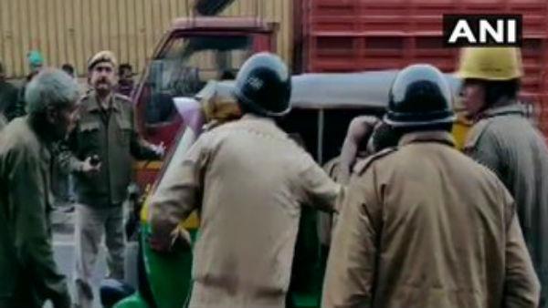 Delhi: અનાજ મંડીમાં લાગી ભીષણ આગ, 30 લોકોએ જીવ ગુમાવ્યા