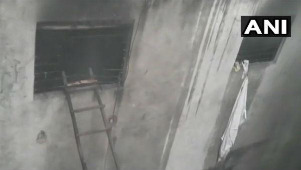Delhi Fire: ભીષણ આગ લાગતાં 43 લોકોનાં મોત, અમિત શાહ-રાહુલ ગાંધીએ ટ્વીટ કરી કહ્યું કંઈક આવું