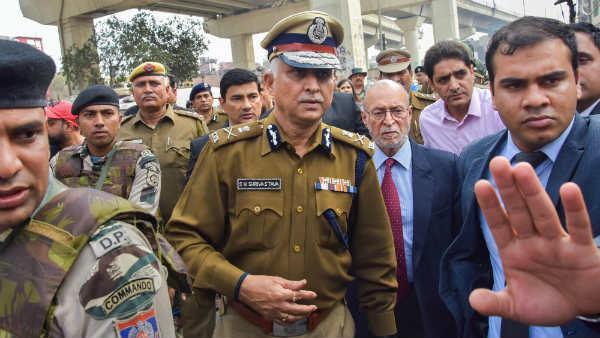 દિલ્હી હિંસા: તાહિર હુસેન પર શું પગલા લેવામાં આવશે, દિલ્હીના આગામી પોલીસ કમિશનરે આપ્ય સંકેત