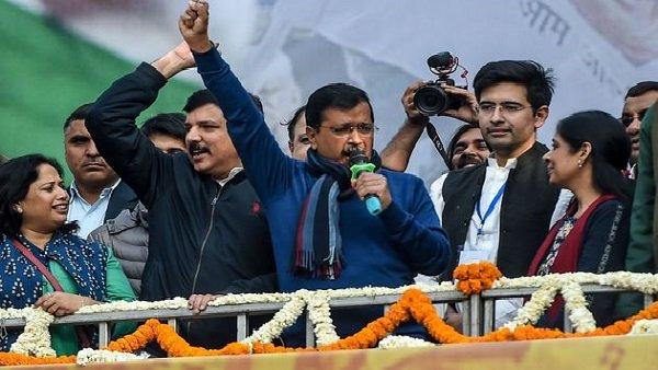 દિલ્હીના મુખ્યમંત્રીની ખુરશી પર ત્રીજી વખત બેસશે કેજરીવાલ, શપથ ગ્રહણમાં 1 લાખ લોકો આવશે