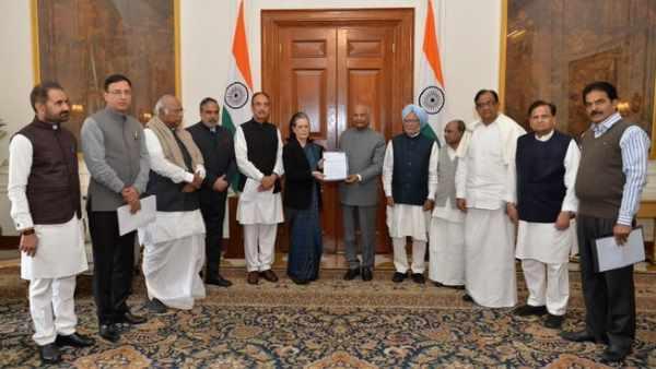 દિલ્લી હિંસાઃ મનમોહન સિંહે કહ્યુ - 'રાજધર્મ' માટે પોતાની શક્તિઓનો ઉપયોગ કરે રાષ્ટ્રપતિ