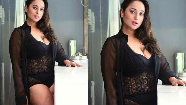 બ્લેક આઉટફીટમાં અફલાતૂન લાગી રહી છે Rani Chatterjee, જુઓ પિક્સ