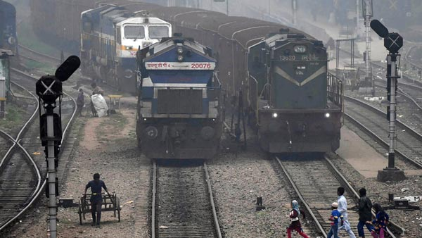 How Much Indian Railway Gives Mileage Know Interesting Facts