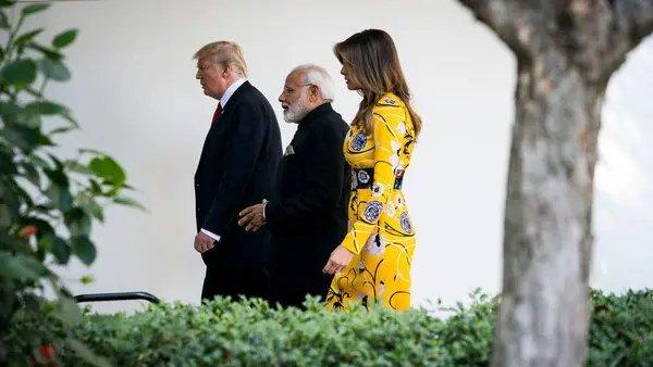 Trump In India: ઉદ્ધવ ઠાકરેએ પૂછ્યું- ટ્રમ્પના આવવાથી Super Power કેવી રીતે બનશે?