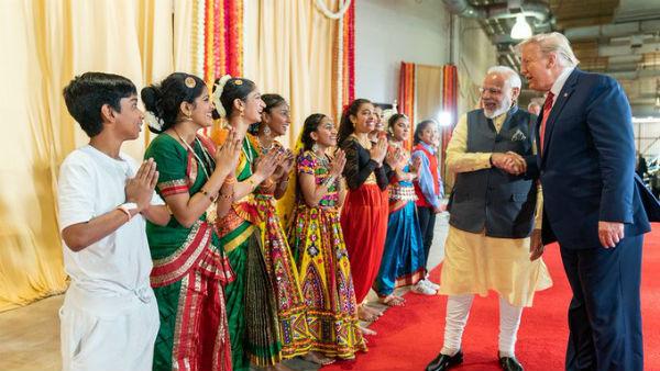 આ પણ વાંચોઃ ડોનાલ્ડ ટ્રમ્પના સ્વાગત માટે સંપૂર્ણપણે તૈયાર છે ભારત, જાણો 10 મોટી વાતો