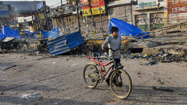 દિલ્હી હિંસા: હિંસાની તપાસ માટે એસઆઈટીની ટીમની રચના, એફઆઈઆરની નકલ સબમિટ