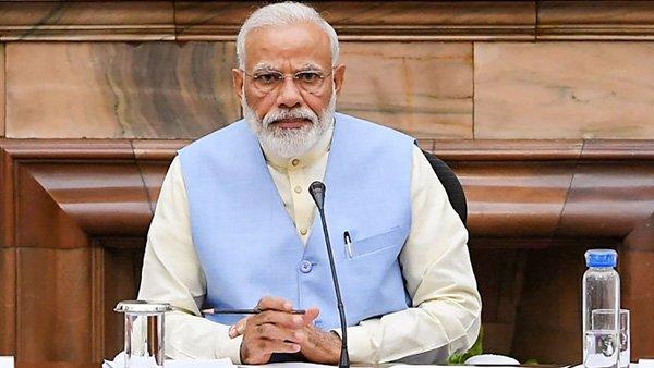 PM મોદી સામે અપમાનજનક પોસ્ટ કરવા પર રાજ્યસભાના અધિકારીનુ થયુ ડિમોશન