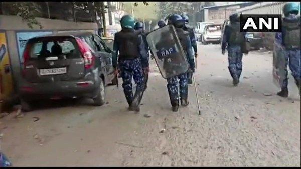દિલ્લીની હિંસામાં અત્યાર સુધી 5ના મોત, બ્રહ્મપુરી-મોજપુરમાં ફરીથી પત્થરમારો