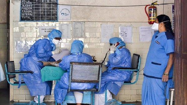 લોકોને ખુલ્લામાં છીંકવા અને Coronavirus ફેલાવાના આરોપી એન્જીનિયરની ધરપકડ, કંપનીએ પણ કાઢી મૂક્યો