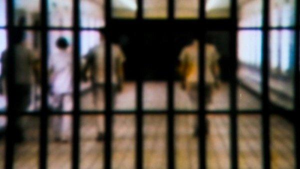 આ પણ વાંચોઃ કોરોનાના જોખમના કારણે 3000 નાના ગુનેગારોને જેલોમાંથી મુક્ત કરી શકે છે પંજાબ સરકાર