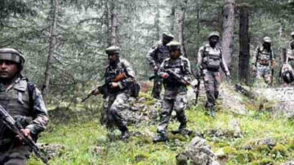 Jammu and Kashmir: સોપોર કસ્બામાં અથડામણ, સુરક્ષાબળોએ 4 આતંકીઓને ઘેર્યા