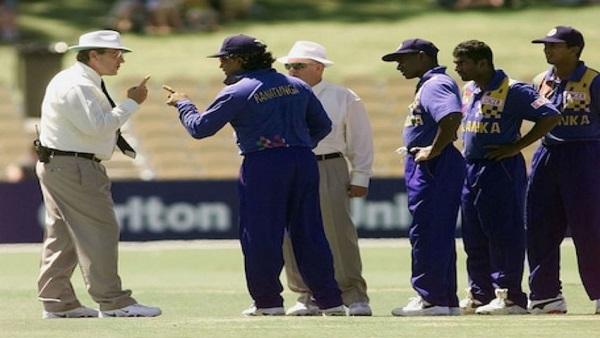 ક્રિકેટ ઈતિહાસનો સૌથી વિવાદિત મેચ, જ્યારે ખેલાડીઓએ અંપાયર સાથે કરી બગાવત