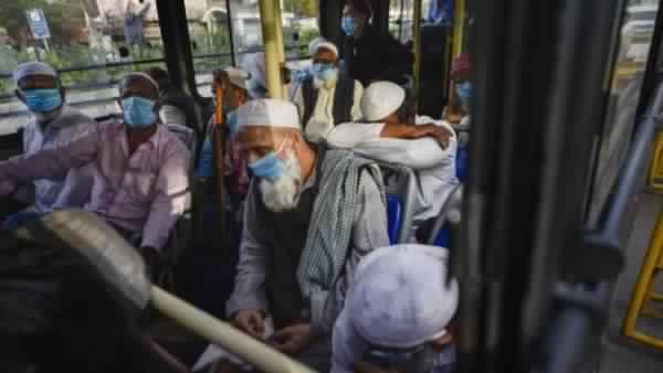 8 મલેશિયનો IGI એરપોર્ટ પર પકડાયા, રાહત વિમાનથી ભાગવાની ફિરાકમાં હતા