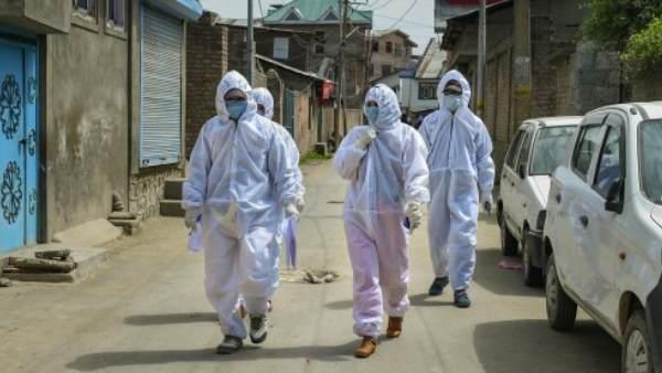 આ પણ વાંચોઃ દેશમાં વધી રહ્યા છે કોરોના વાયરસના કેસ, કુલ સંખ્યા થઈ 12,380