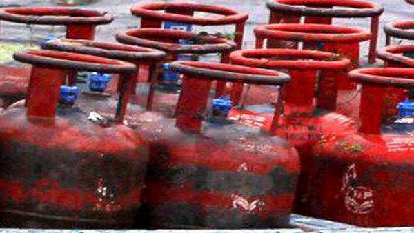 હવે વૉટ્સએપ પર બુક થશે ભારત ગેસનુ LPG સિલિન્ડર, જાણો કેવી રીતે