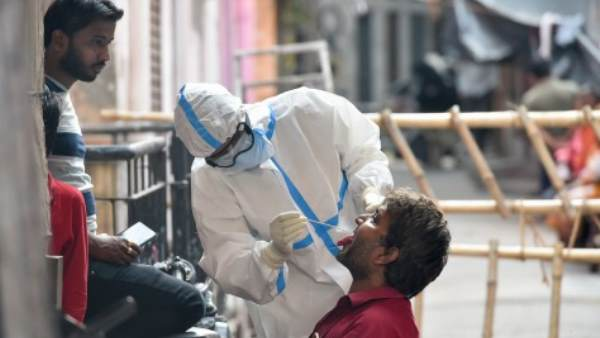 કોરોના: કેન્દ્ર સરકારે આ રાજ્યોમાં મોકલી 10 ટીમ, વાયરસ સામેની જંગમાં કરશે મદદ