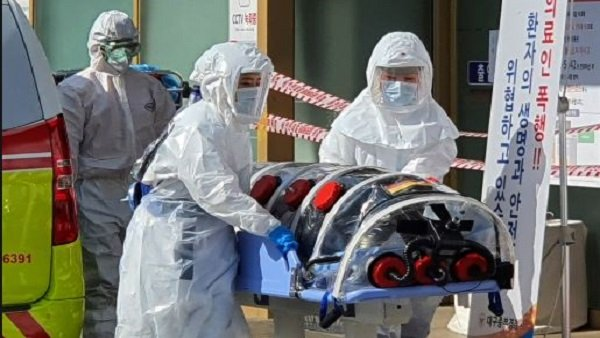 અમેરિકામાં કોરોના વાયરસનો કહેર, 1 લાખથી વધુ લોકોના મોત