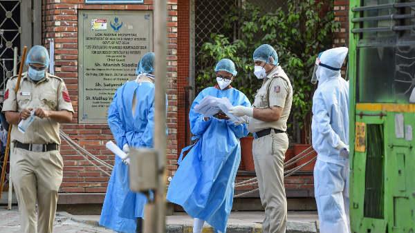 દિલ્હીની લોકનાયક હોસ્પિટલમાં ડોક્ટર અને બે કર્મચારીને કોરોના પોઝિટીવ, ક્વોરેન્ટાઇન