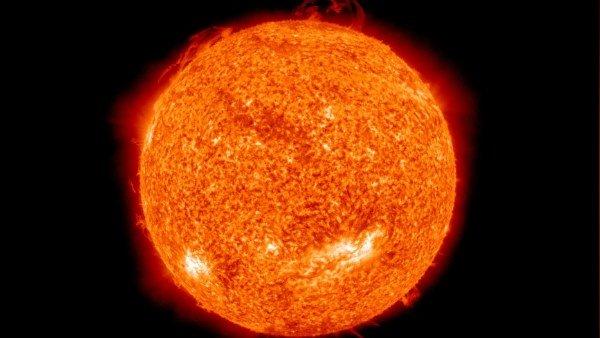 રિસર્ચમાં ખુલાસોઃ સૂર્યની ચમક 5 ગણી ઘટી, પૃથ્વી પર અસરને લઈ વૈજ્ઞાનિકોનું અલર્ટ