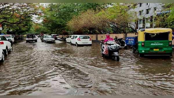 ગુજરાતઃ અરબ સાગર નજીકના ઘણા જિલ્લાઓમાં વરસ્યા મેઘ, ભાવનગરમાં સાડા 3 ઈંચ વરસાદ