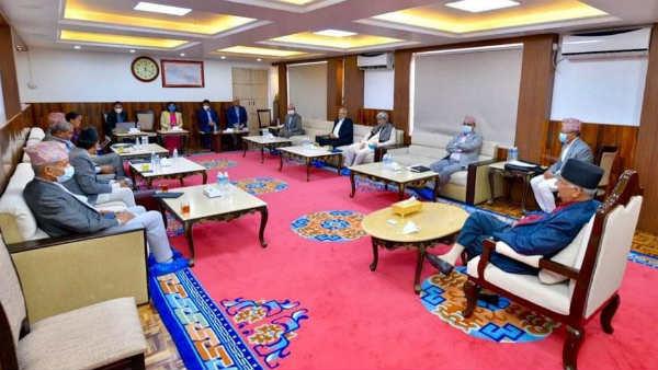 નેપાળમાં રાજકીય ઘમાસાન, PM ઓલીના ઘરે થયેલ બેઠકમાં બજેટ સત્ર કેંસલ કરવાનો ફેંસલો