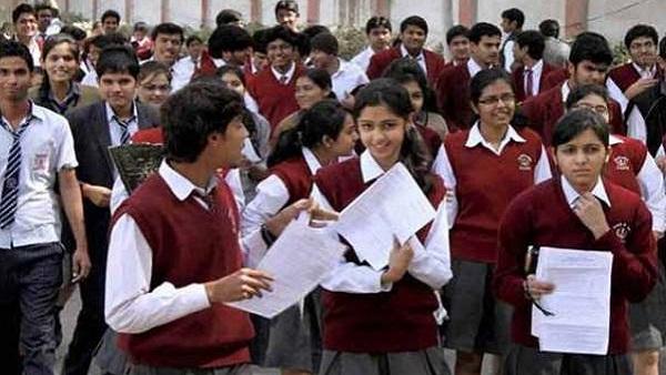 CBSEની જેમ ગુજરાત બોર્ડ પણ 9થી 12 ધોરણન સિલેબસ હળવો કરશે
