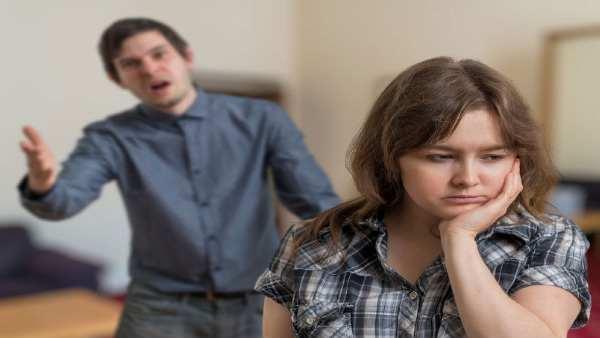 લગ્ન તૂટતા બચાવવા હોય તો આ વસ્તુઓ પર આપો ધ્યાન