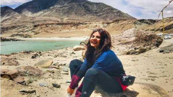 સુશાંત કેસઃ રિયા ચક્રવર્તીએ કરી 7 મહિનામાં 7 વિદેશ યાત્રા, સામે આવી ટ્રાવેલ હિસ્ટ્રી