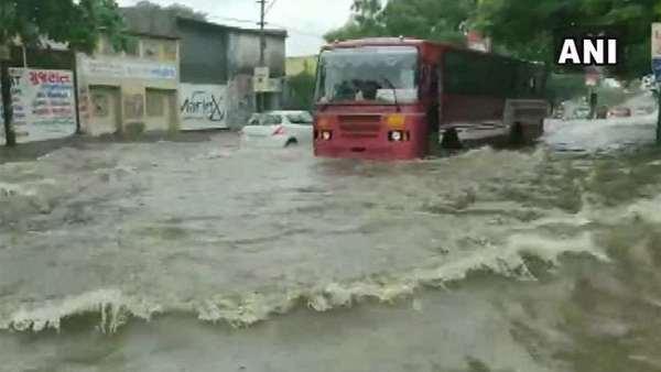 ગુજરાતમાં મેઘ મહેર, ચોમાસાનો 84% વરસાદ, હવામાન વિભાગે જારી કરી એલર્ટ