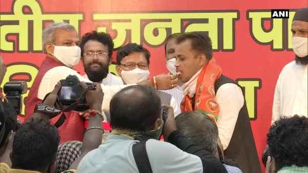 દિલ્હીઃ શાહીન બાગના એક્ટિવિસ્ટ શહજાદ અલી ભાજપમાં સામેલ, CAA પર કહી આ વાત