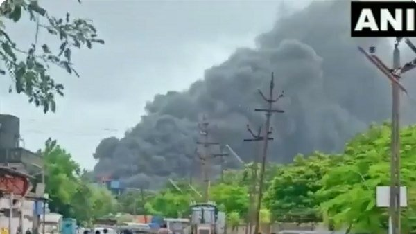 Massive Fire At Chemical Factory In Valsad Gujarat