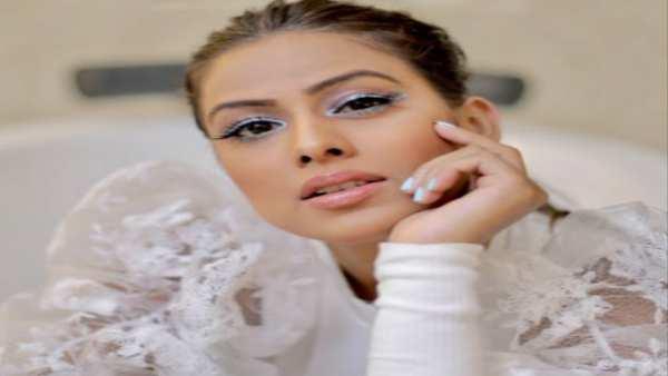 નિયા શર્માના બોલ્ડ એન્ડ બ્યુટીફૂલ અંદાજ પર ફિદા છે ફેન્સ