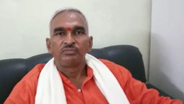 ભાજના ધારાસભ્ય સુરેંદર સિંહે ઓવૈસીને ગણાવ્યા આતંકવાદી, કહ્યું- ભારતમાંથી કાઢવાનો કાયદો લાવવો જોઇએ