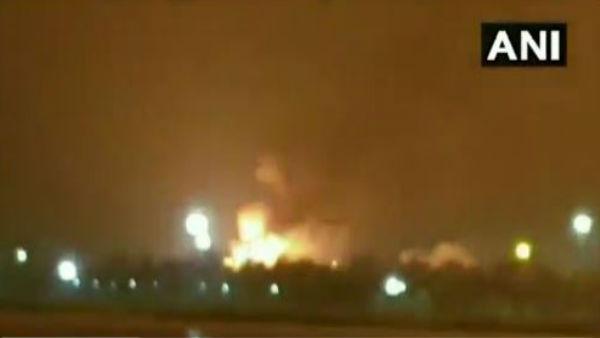 ગુજરાતઃ સુરતના ONGC પ્લાન્ટમાં મોડી રાતે ભીષણ આગ, ફાયર બ્રિગેડની ગાડીઓ ઘટના સ્થળે