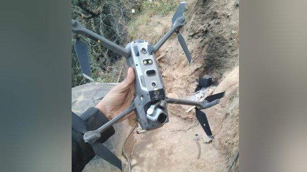 પાકિસ્તાને સરહદ પારથી મોકલ્યુ મેડ ઇન ચાઇના ક્વાડકોપ્ટર, ભારતીય સેનાએ તોડી પાડ્યુ