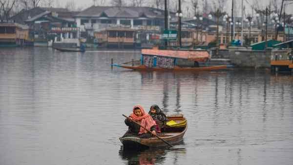 કાશ્મીર અને લદાખમાં ભારતનો કોઇપણ નાગરિક ખરીદી શકશે જમીન, કેન્દ્રએ જારી કર્યો આદેશ
