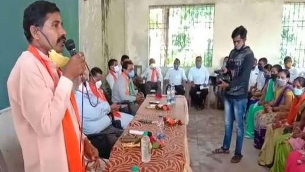 ગુજરાત વિધાનસભા પેટા ચૂંટણી પહેલા કોંગ્રેસને મોટો ઝટકો, 200 કોંગ્રેસી ભાજપમાં જોડાયા