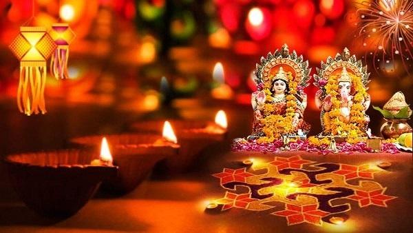 Happy Diwali: દિવાળીના શુભેચ્છા મેસેજ, વૉટ્સએપ, ફેસબુક સ્ટેટસ અને તસવીરો