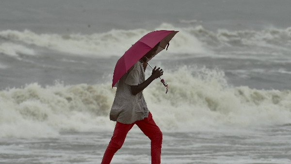 નિવાર સાઈક્લોનને કારણે આ વિસ્તારોમાં ભારે વરસાદની આશંકા