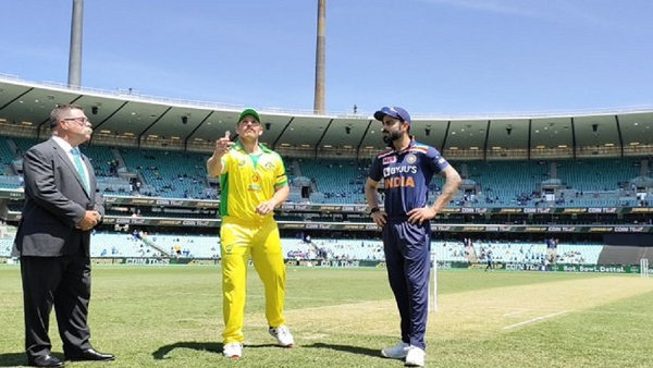 IND vs AUS 1st ODI: સિડનીમાં ફ્લોપ થઇ ભારતીય ટીમ, ઓસ્ટ્રેલીયાની 66 રને જીત