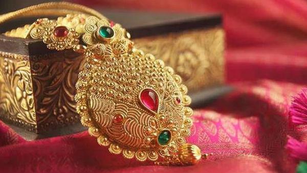 Gold-Silver Rate Today: લગ્નની સીઝનમાં સતત ગગળ્યા બાદ ફરી સોનું ચમક્યું, કિંમતમાં 1759 રૂપિયાની તેજી