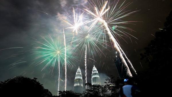 New Year 2021 Special: વર્ષ 2020ની યાદોની એક ઝલક અને નવા વર્ષની આશા, ઉમ્મીદો