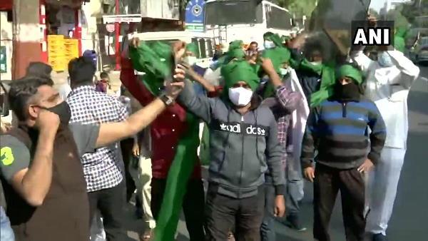 પૂર્વ CM શંકરસિંહ વાઘેલાનુ ખેડૂતોના સમર્થનમાં 'ચલો દિલ્લી'