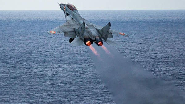 MiG-29Kના કાટમાળમાંથી ખુલ્યા રાઝ, વિમાનમાંથી નીકળવામાં સફળ થયા હતા ગાયબ પાયલટ