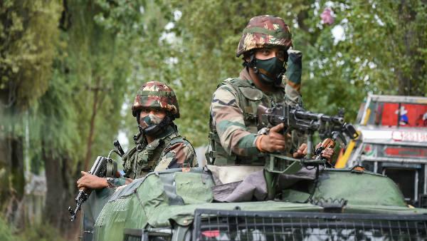 Jammu-Kashmir: કિશ્તવાડમાં પોલીસની ગાડી પર ગ્રેનેડ હુમલો, સર્ચ ઓપરેશન શરૂ