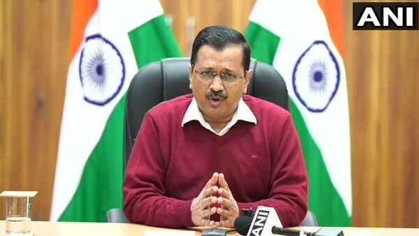 આઠ મહિનામાં આજે પહેલીવાર દિલ્હીમાં આવ્યા કોરોનાના સૌથી ઓછા મામલા, કેજરીવાલ બોલ્યા - Well done Delhi